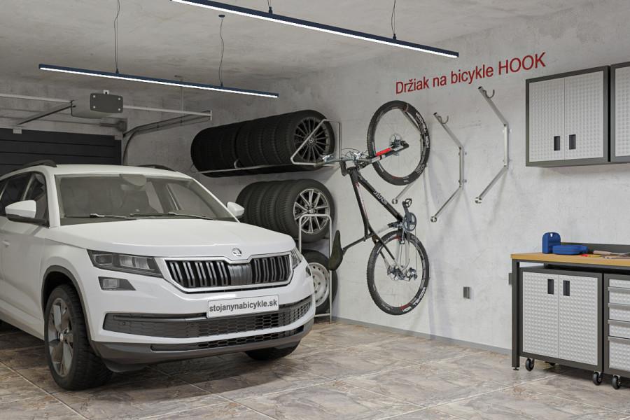 Nástenný držiak na bicykle HOOK. Tri držiaky na stene v garáži slúžia na uloženie troch bicyklov.