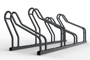 Stojan na bicykle 4 miestny určený na parkovanie 4 bicyklov rôznych typov. Povrchová úprava stojana je chránená zinkovaním na ktorej je nanesená prášková farba. Výber farieb je možný zo vzorkovníka ral. Medzi stojanmi je rozostup 32 cm. Stojany sú výškovo rozdielne vďaka tomu sa riadidla bicyklov nebudú opierať. Modulárny stojan ALFA MAXI sa vyrába pre uloženie 2 až 20 bicyklov. Farebné prevedenia sú možné zo vzorkovníka ral.